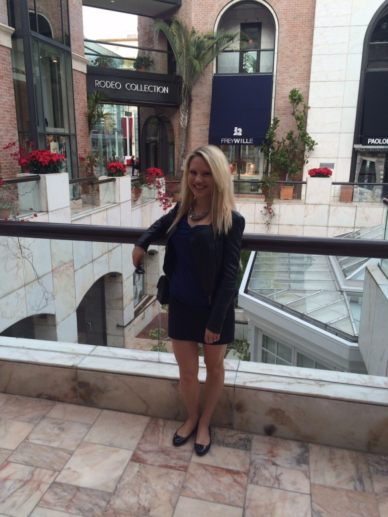 girl shopping on Rodeo Drive