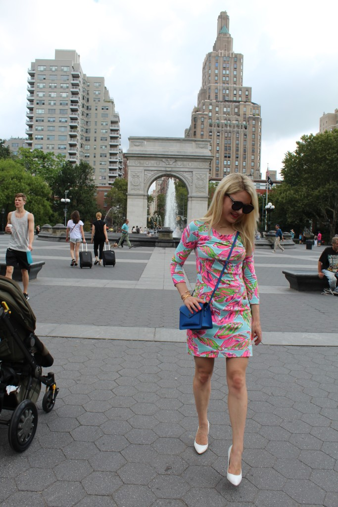 girl walking through Washington Square park Caitlin Hartley of Styled American http://styledamerican.com/floral-work-dress/