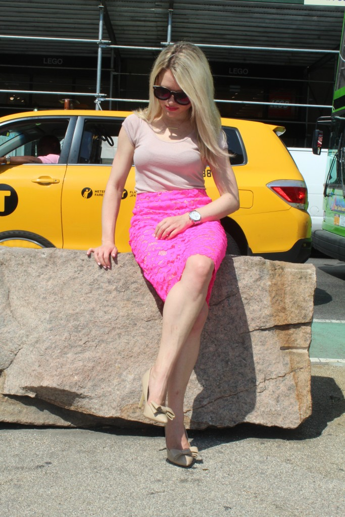 Caitlin Hartley of Styled American professional pink skirt