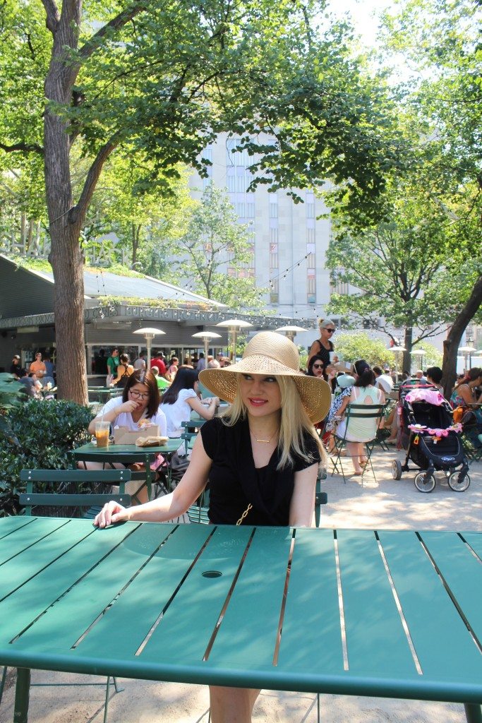 Caitlin Hartley of Styled American tan hat, shake shack nyc