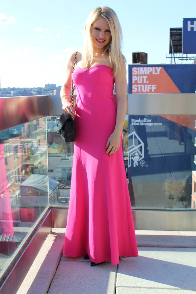 Caitlin Hartley of Styled American bcbg hot pink dress
