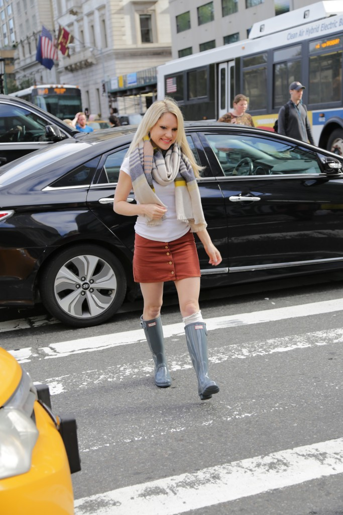 Caitlin Hartley of Styled American dusty blue rain boots