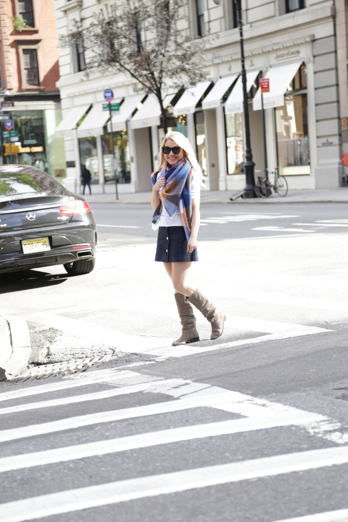 Caitlin Hartley of Styled American blanket scarf, suede boots, street style
