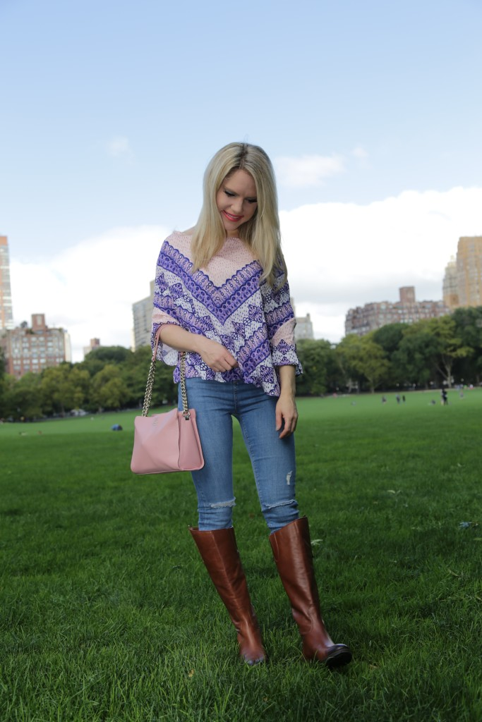 Caitlin Hartley of Styled American girl in sheeps meadow in central park