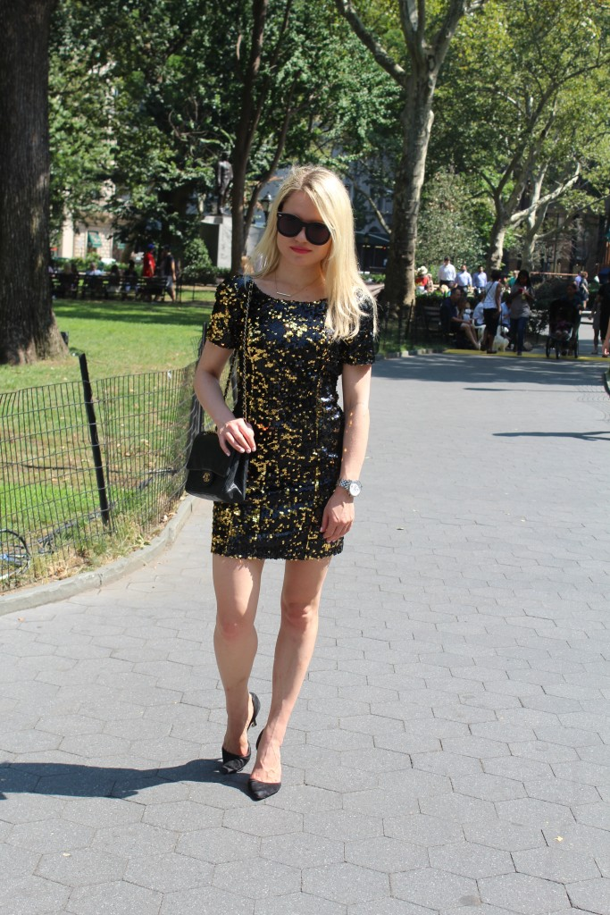 Caitlin Hartley of Styled American sheath sequin dress and chanel bag