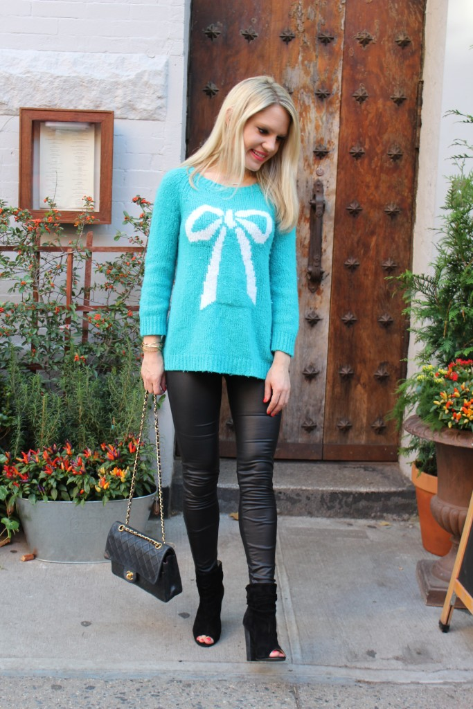 Caitlin Hartley of Styled American holiday sweaters