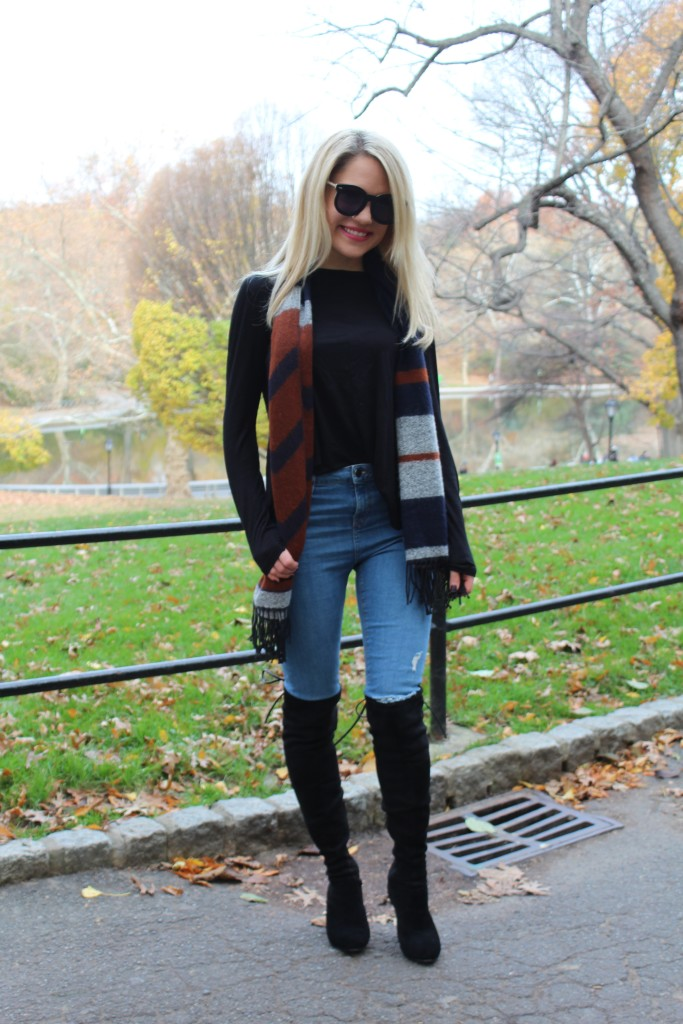 Caitlin Hartley of Styled American Fall street style