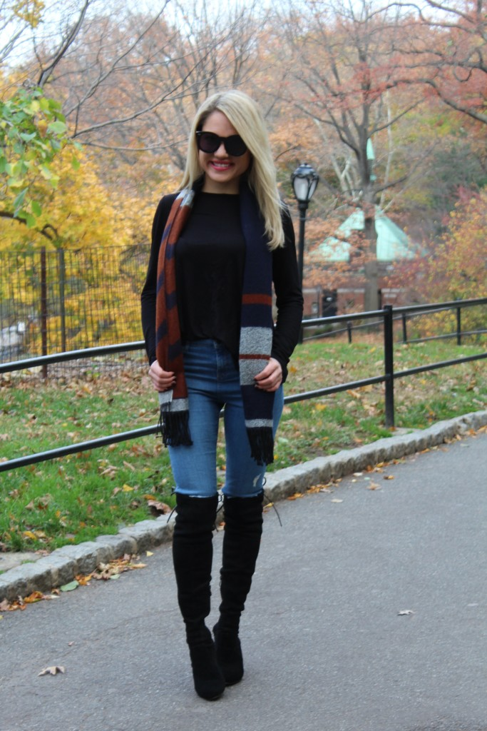 Caitlin Hartley of Styled American preppy scarf