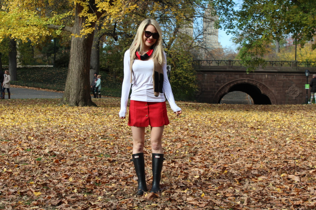 Caitlin Hartley of Styled American cute casual outfit
