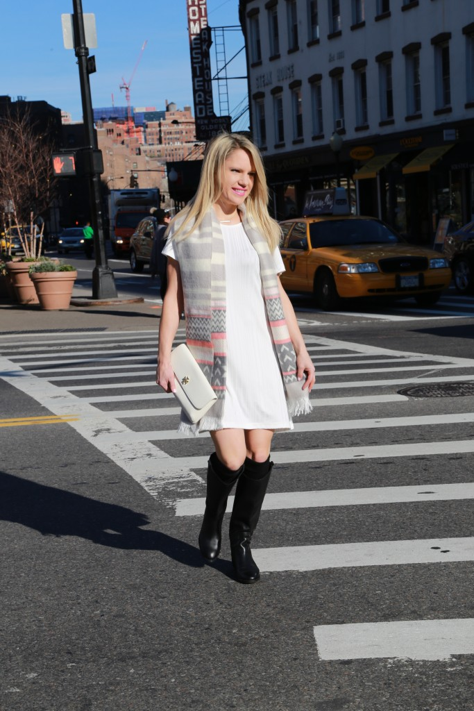 Caitlin Hartley of Styled American fairsle winter scarf, nyc street style