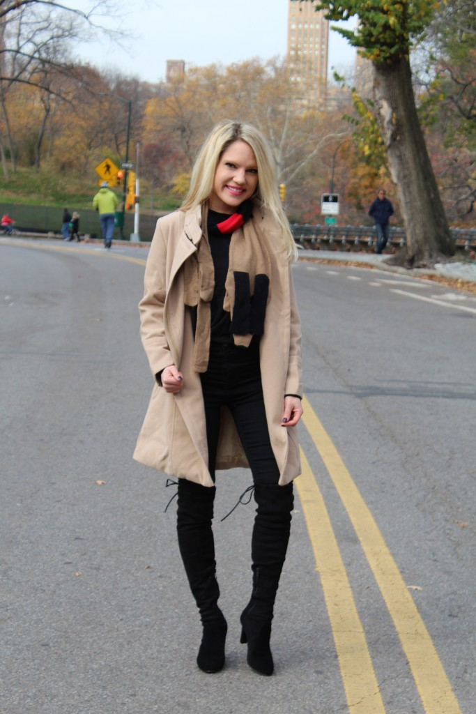 Caitlin Hartley of Styled American tan coat, dog scarf, black skinny jeans