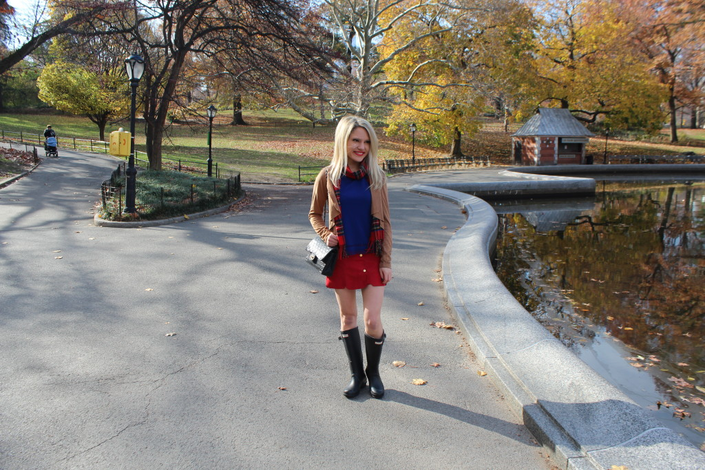 Caitlin Hartley of Styled American preppy Winter outfit