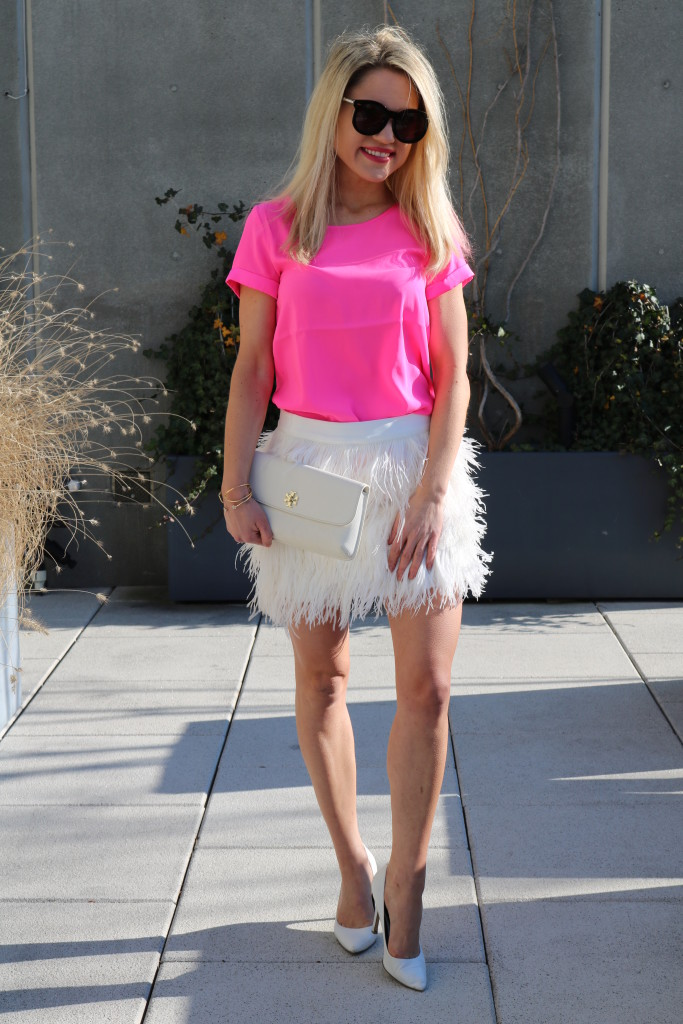 Caitlin Hartley of Styled American pop of pink, feminine style