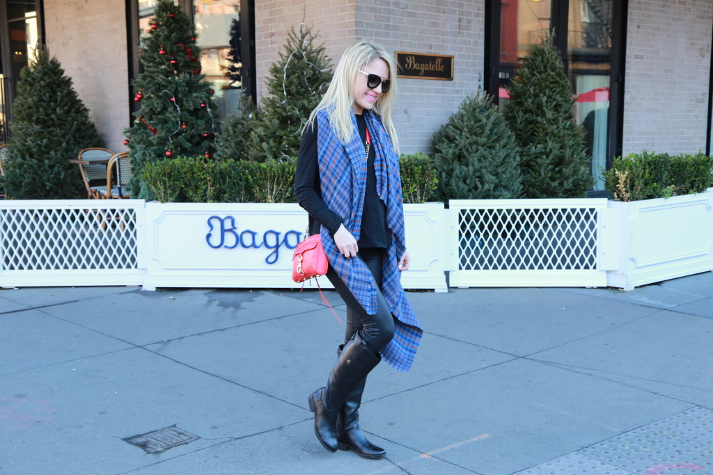 Caitlin Hartley of Styled American, how to style a blanketr scarf