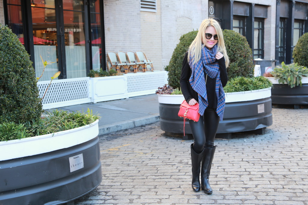 Caitlin Hartley of Styled American blonde fashion blogger in New York