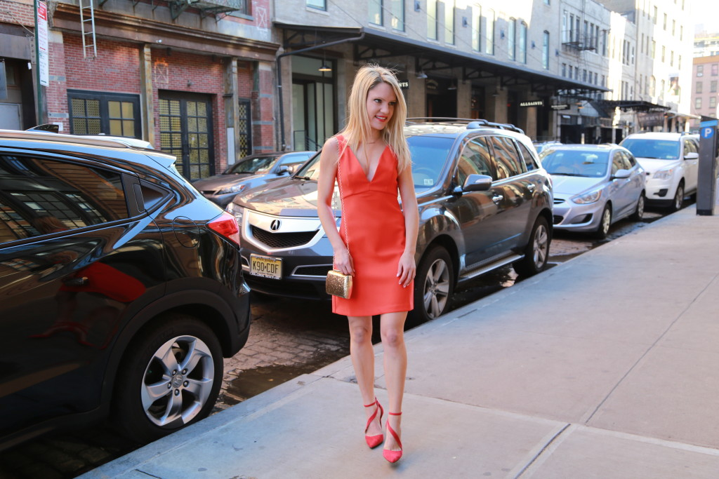 Caitlin Hartley of Styled American fashion blogger in little red dress