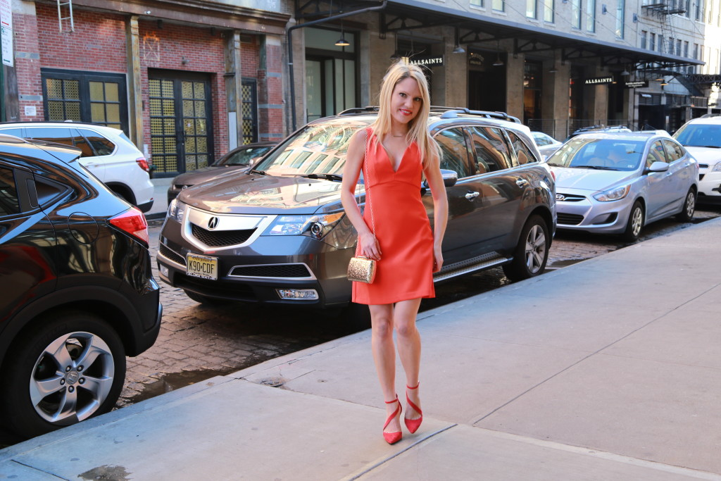 Caitlin Hartley of Styled American little red dress, red heels and gold bag