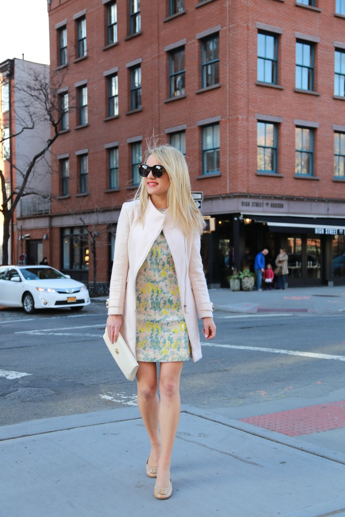 Caitlin Hartley of Styled American fashion blogger in floral dress