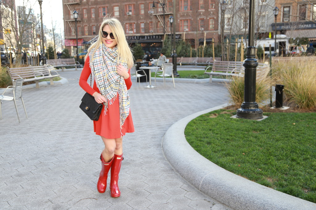 Caitlin Hartley of Styled American swing dress, blanket scarf and rain boots