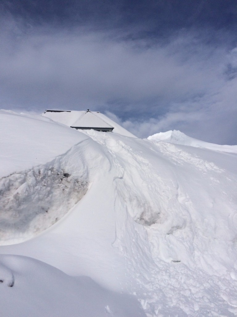 Caitlin Hartley of Styled American snow piles at Mount Hood
