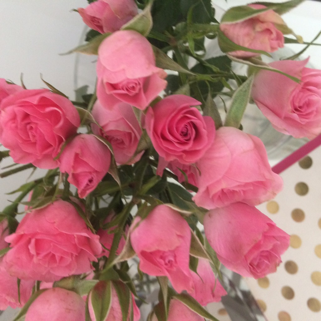 Caitlin Hartley of Styled American mini pink roses