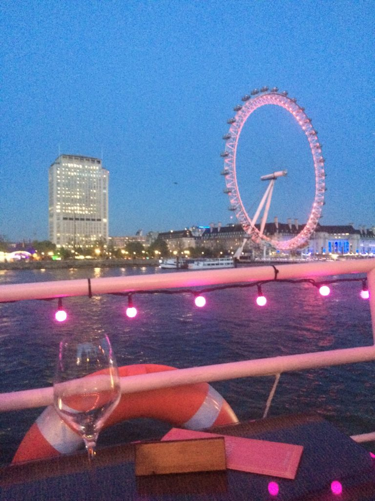 Caitlin-of-Styled-American-pink-london-eye-at-night