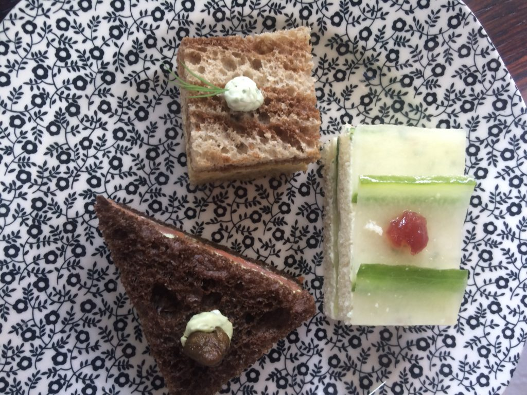 allis-hotel-mini-sandwiches