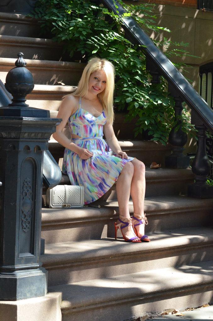 print-halter-dress-purple-heels
