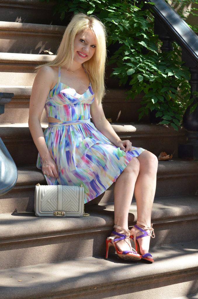 halter-dress-grey-bag-colorful-heels