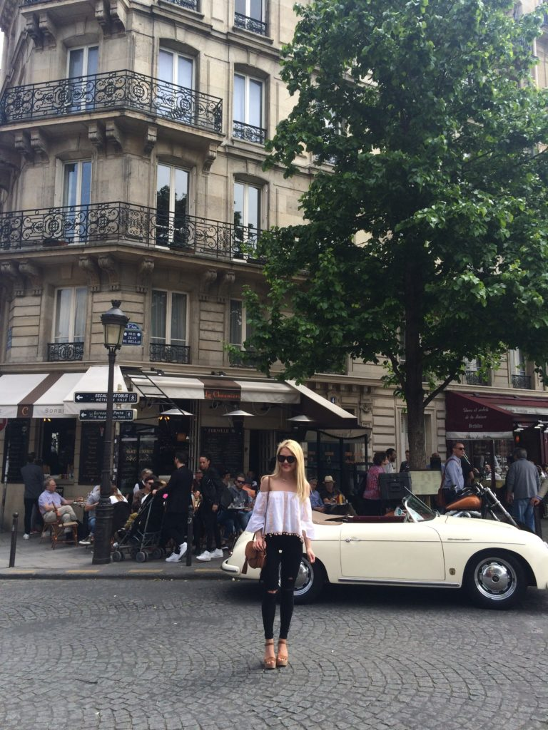 paris-cafes-travel-blogger