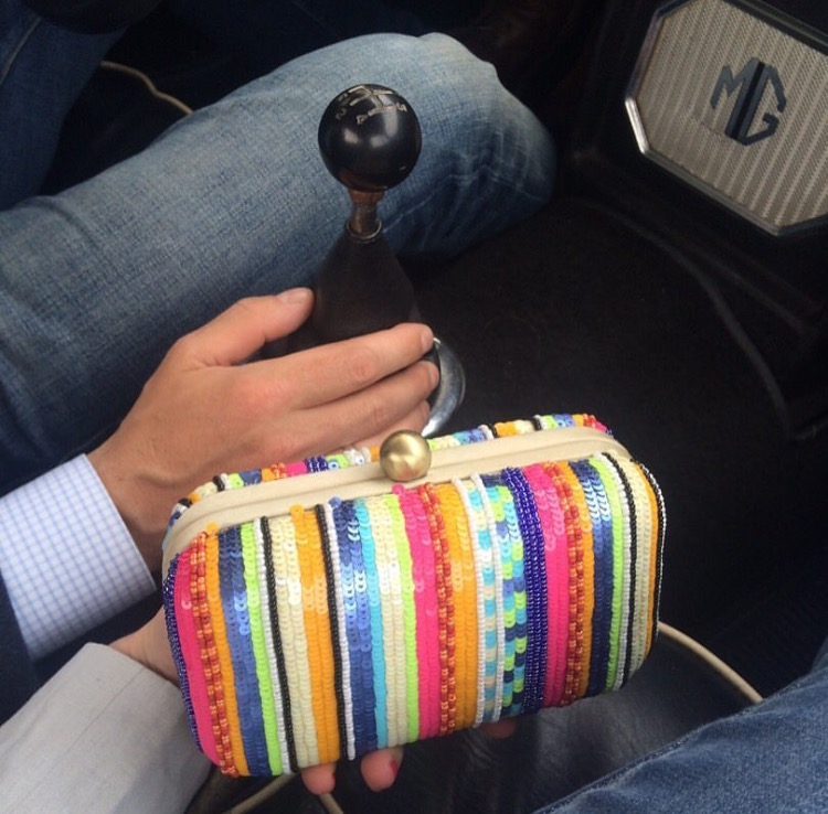 beaded-clutch-santi-in-vintage-car