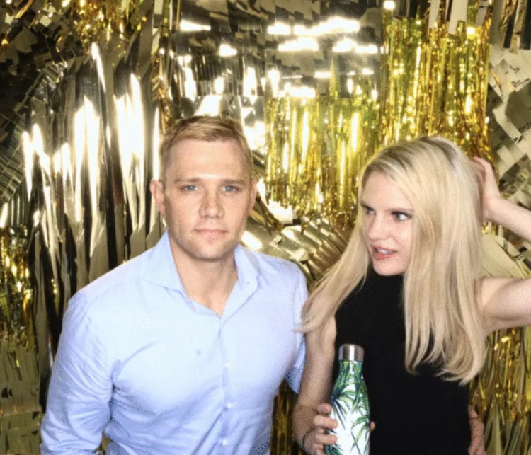 swell-bottle-photo-booth