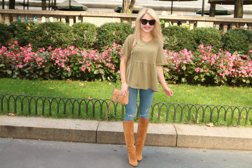 fall-style-army-green-top-jeans http://styledamerican.com/flash-sale-tuesday/