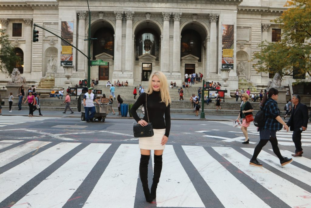 black-white-outfit-nyc-library http://styledamerican.com/debunking-white-after-labor-day/