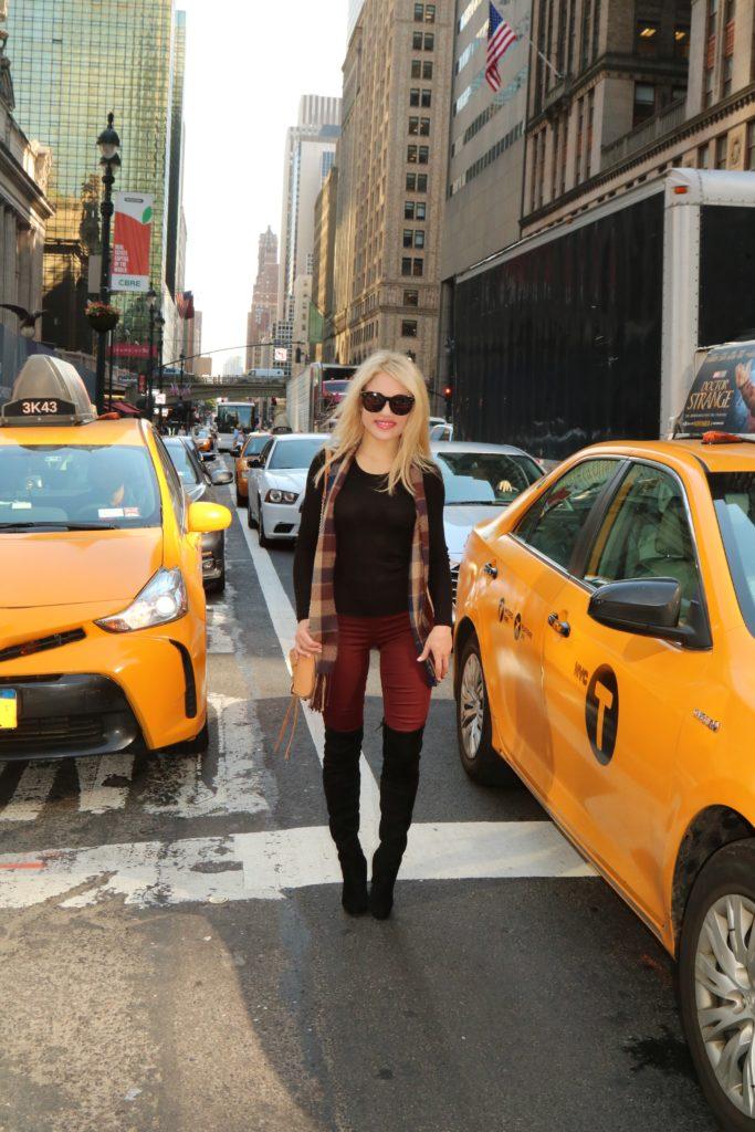 burgundy-leggings http://styledamerican.com/burgundy-leggings/