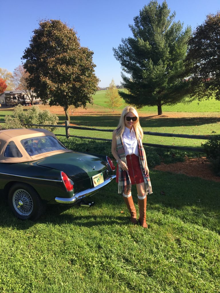 Wisconsin-country-vintage-car http://styledamerican.com/apple-orchard-and-pumpkin-patch/