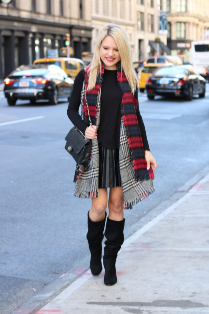 plaid-scarf-pleated-skirt http://styledamerican.com/reversible-scarf/