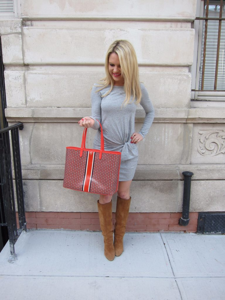 orange-tory-burch-tote-knot-dress http://styledamerican.com/my-two-new-obsessions/