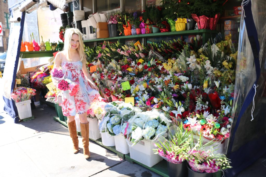 blue-floral-dress-nyc-flower-stand http://styledamerican.com/what-fashion-bloggers-do-all-day/