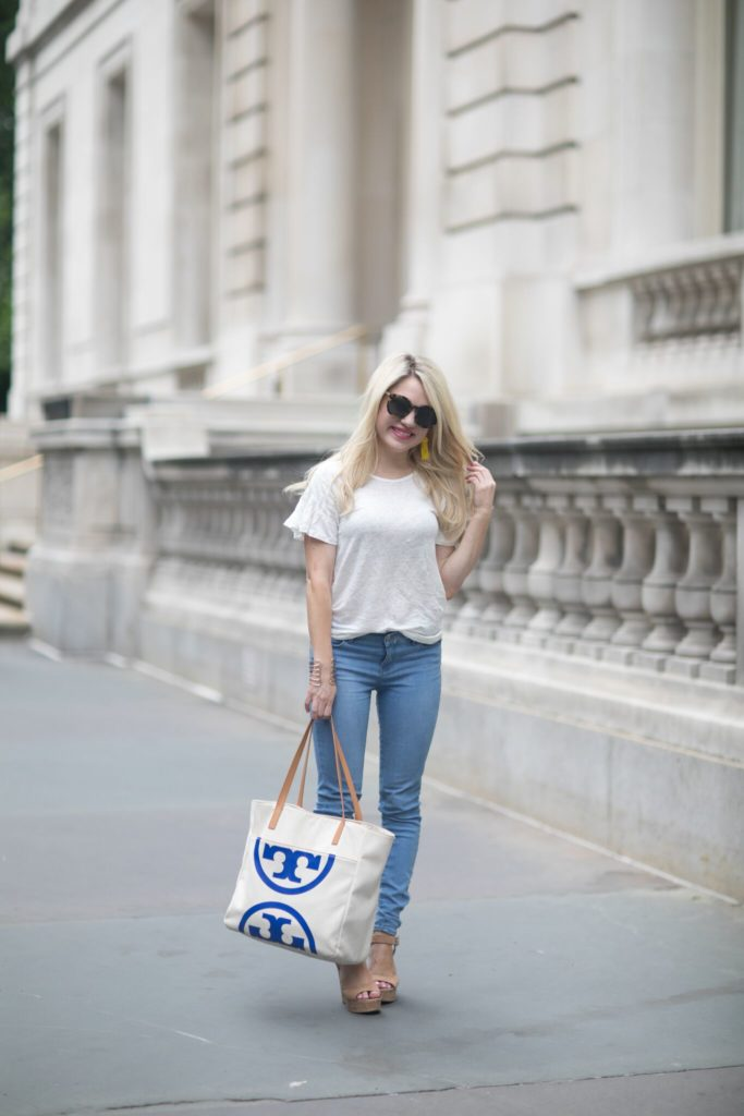 white tee denim skinny jeans