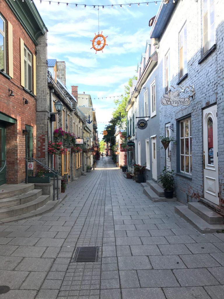 quebec city cobblestone streets